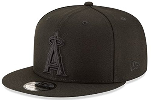 New Era 9Fifty 950 Black Basic Snapback Adjus...